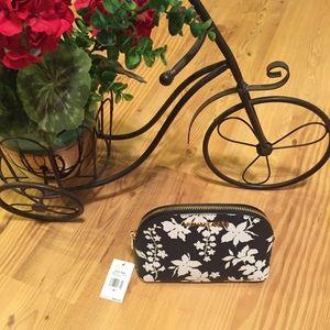 NWT! Michael Kors Travel pouch. Orig. $98
